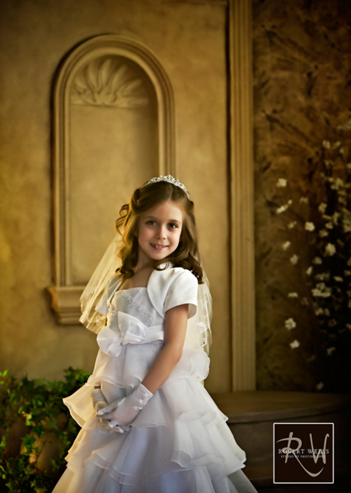 Female-first-holy-communion-studio-portrait-robert-wells